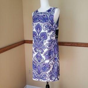 AGB Dress Sleeveless Paisley Printed